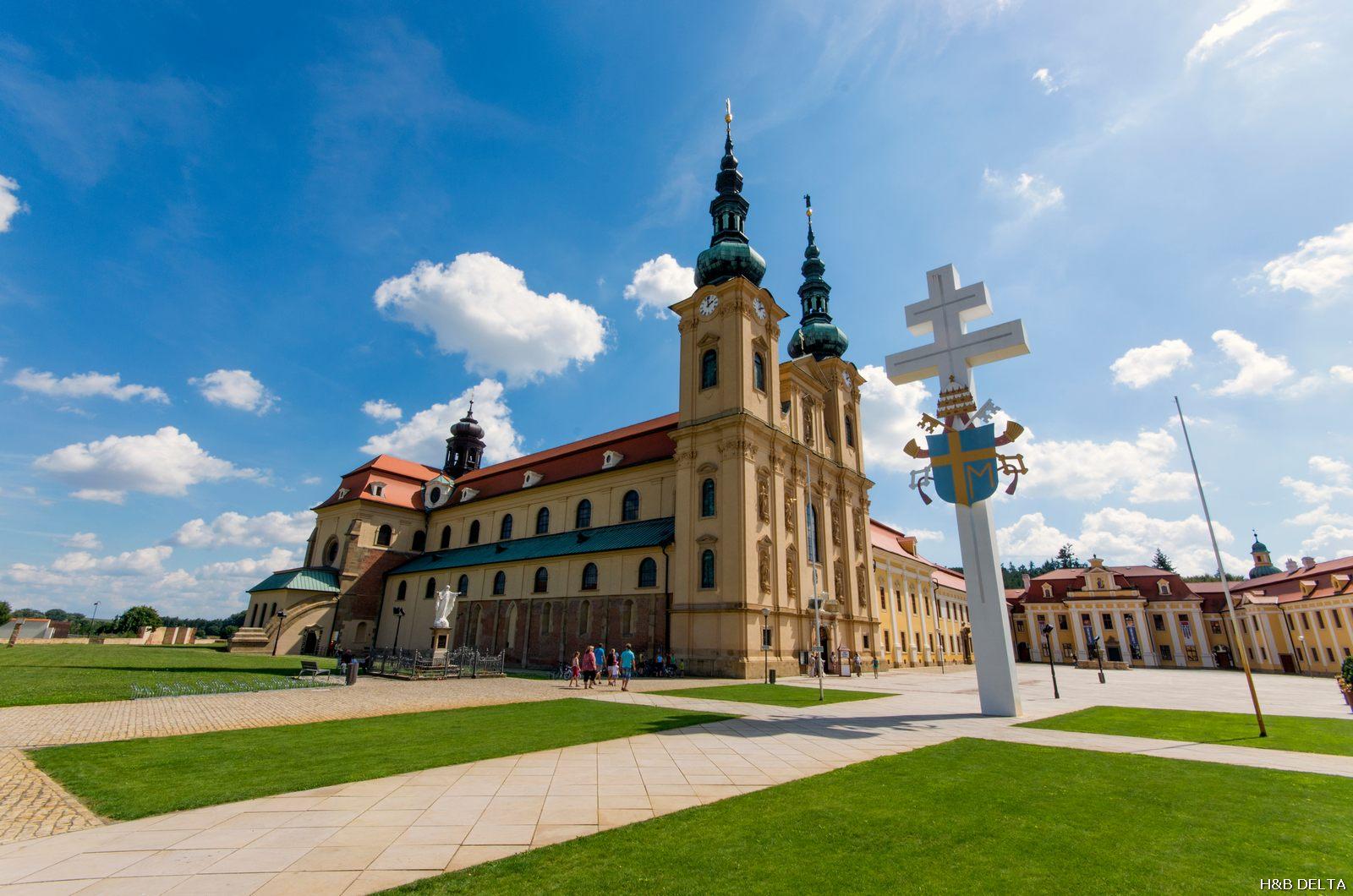 Bazilika Nanebevzetí Panny Marie asv. Cyrila aMetoděje Velehrad