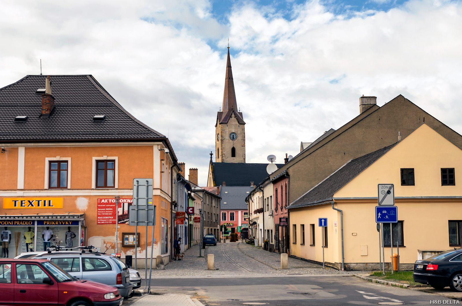 Věž kostela  sv. Tomáše zCanterbury Mohelnice